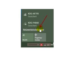 Windows 10 Tutorial - Wlan-Einstellungen und Wlan-Passwort anzeigen lassen – Zugriff auf die Netzwerkeinstellungen über das Info-Center